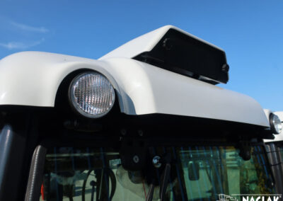 Kabina-Deutz-Fahr-Agroplus-F70-Keyline-NAGLAK-klimatyzacja-dach