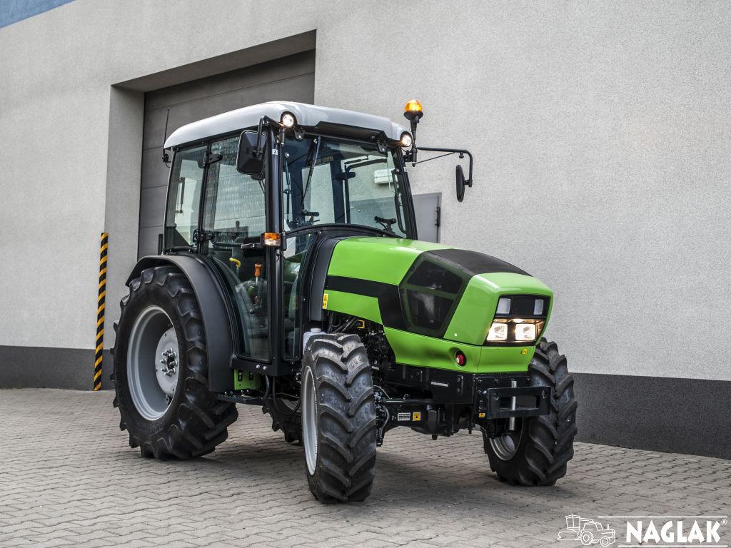 Kabina-Deutz-Fahr-Agroplus-F70-Keyline-NAGLAK-przod