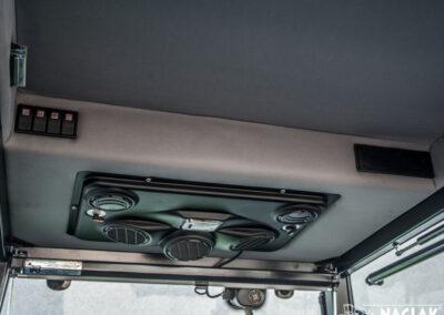 Kabina-Deutz-Fahr-Agroplus-F70-Keyline-NAGLAK-wnetrze-panel-nagrzewnicy-przelaczniki