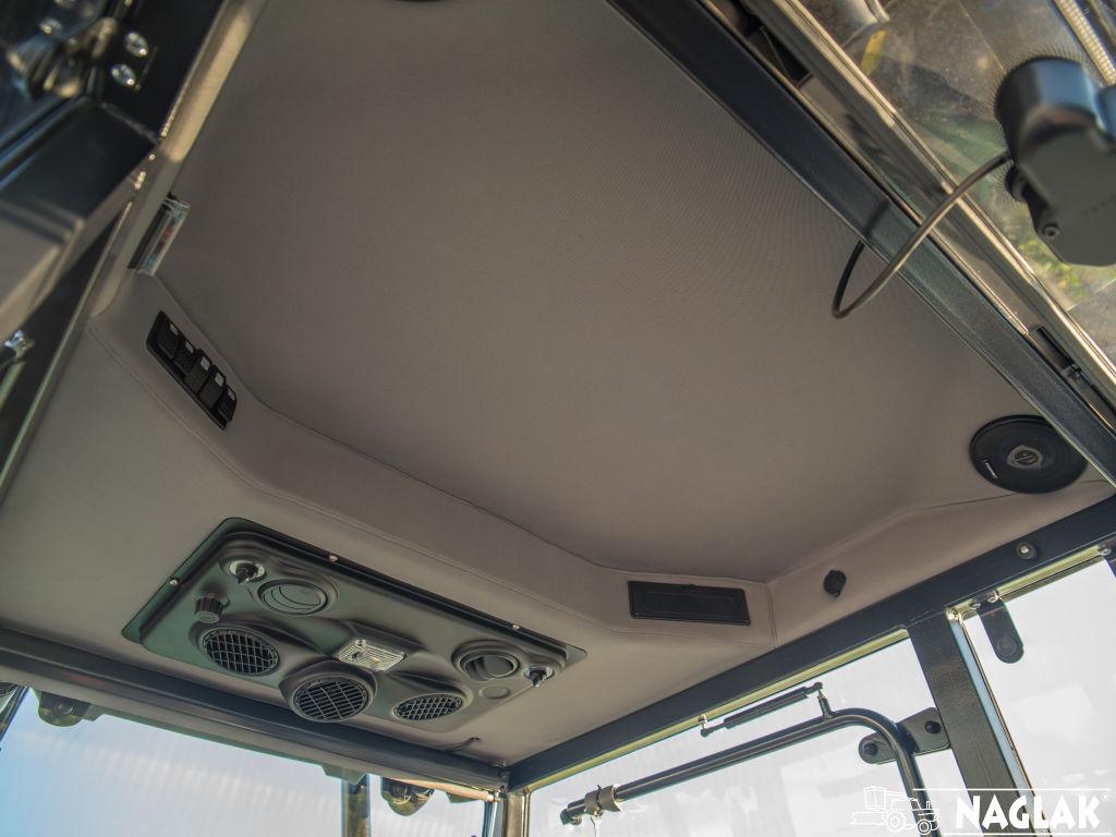 Naglak-Kabina-Deutz-Fahr-5105G TB-wnetrze-panel-nagrzewnicy-podsufitka