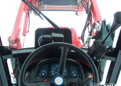 Naglak-Kabina-Branson-2100-wnetrze-kabiny